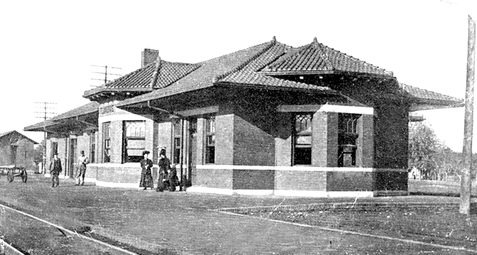 Picture of an Old Santa Fe Depot before 1904